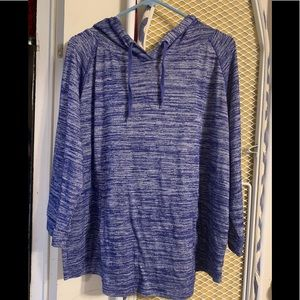 Pullover by Gap, hood and pockets, great top